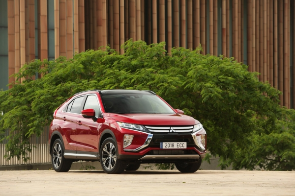 TEST: Mitsubishi Eclipse Cross 1.5T 4WD: Lovers en haters