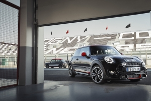 MINI presenteert Cooper S 3-deurs GT Limited Edition