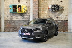 VIDEOTEST: DS 7 CROSSBACK E-TENSE 225 Plug-in hybride : Nu of nooit